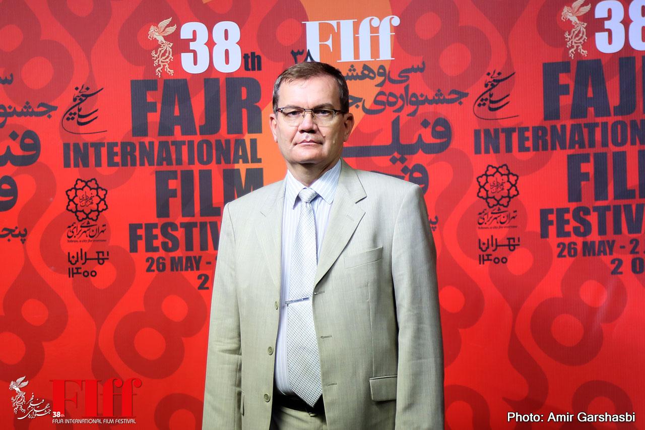 Ambassador Zoltan Varga-Haszonits: Hungarian, Iranian Movies Are Socially Conscious