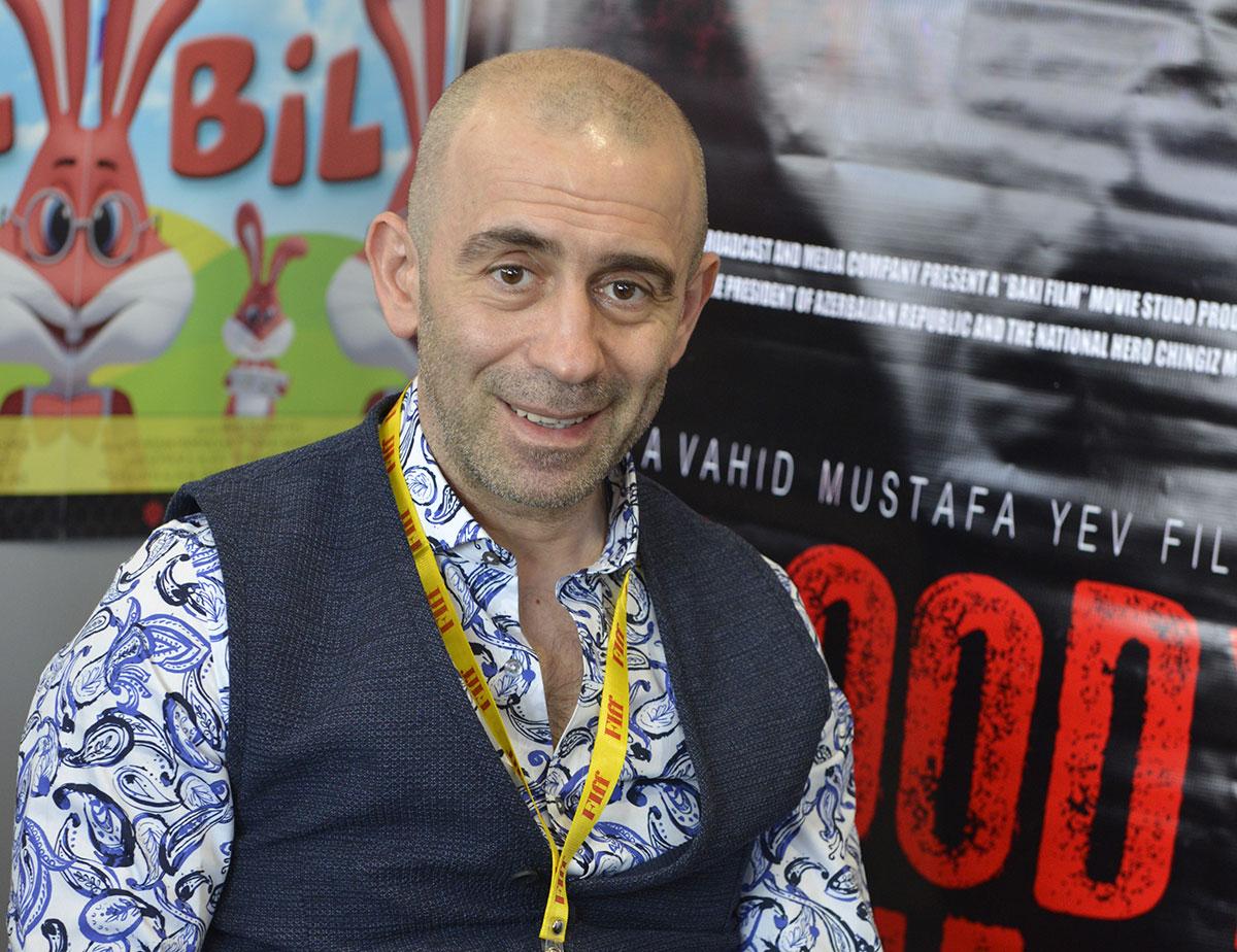 جشنواره جهانی فیلم فجر به دنیا پیام صلح میدهد