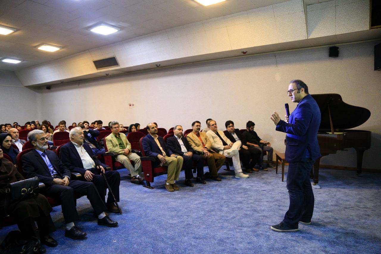 بازگشایی سالن شهید فلاحتپور دانشکده سینما تئاتر با حضور دبیر جشنواره جهانی فیلم فجر