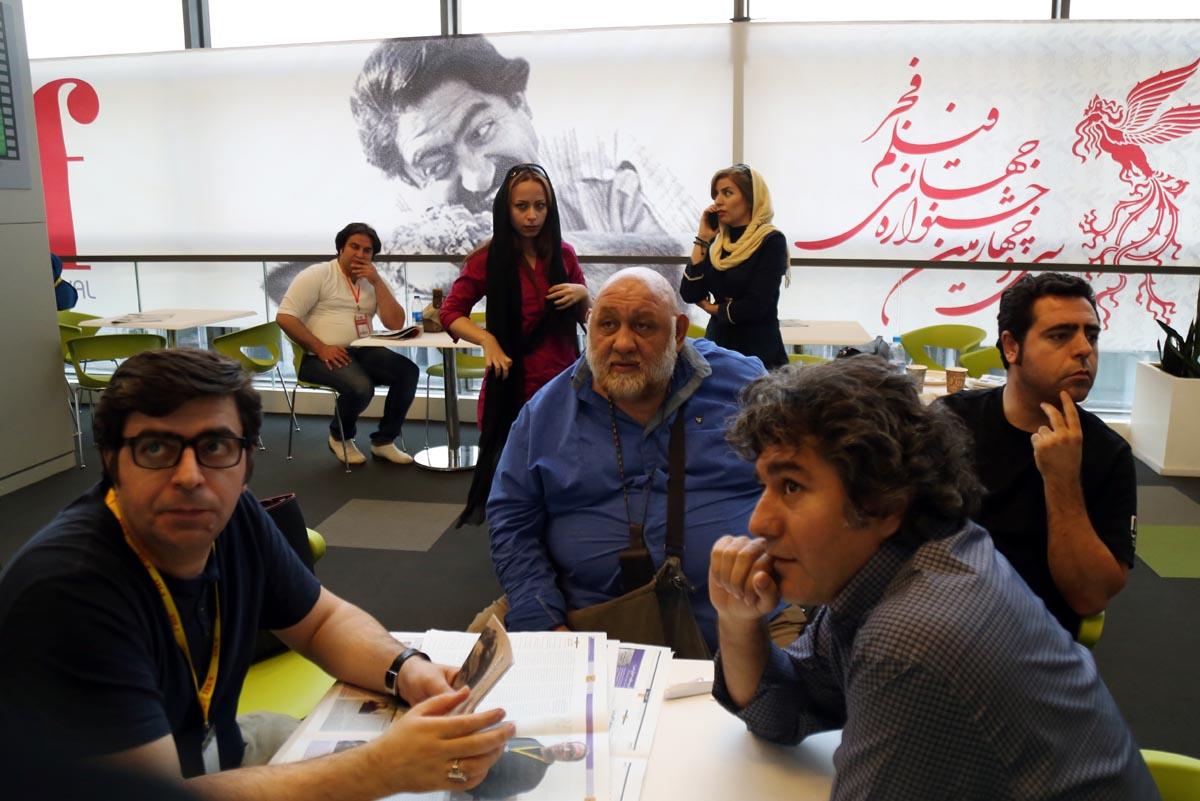 گزارش تصویری حاشیههای روز آخر جشنواره جهانی فجر در پردیس چارسو