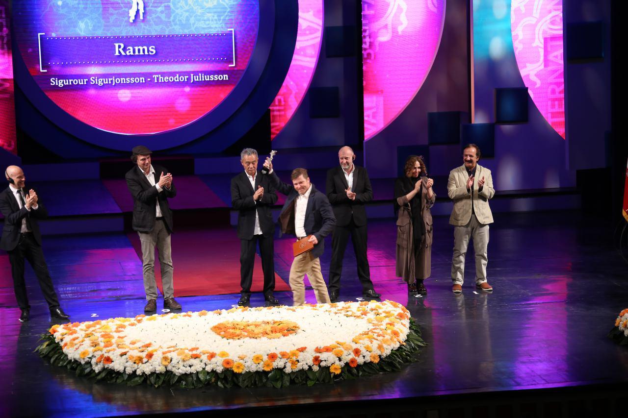 معرفی برگزیدگان سی و چهارمین جشنواره جهانی فیلم فجر