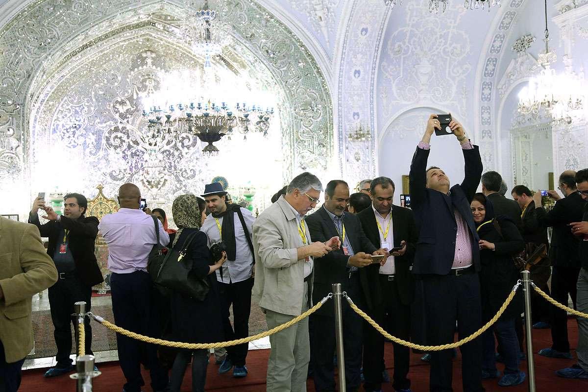 بازدید مهمانان خارجی جشنواره از کاخ گلستان