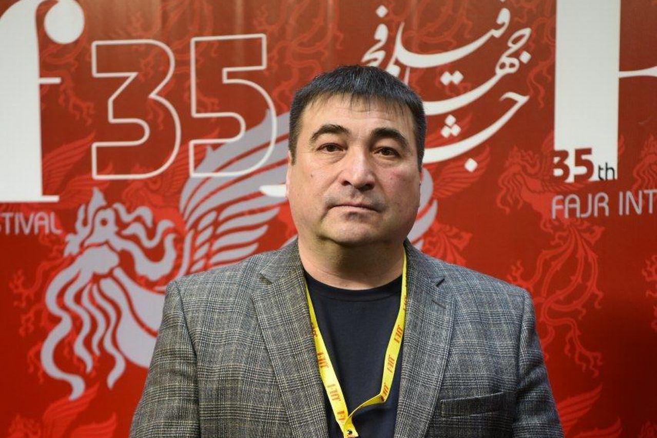 رویدادهای سینمایی گردهمایی اندیشههای نزدیک به هم است/ گفت و گو با عظمت حاج احمدوف
