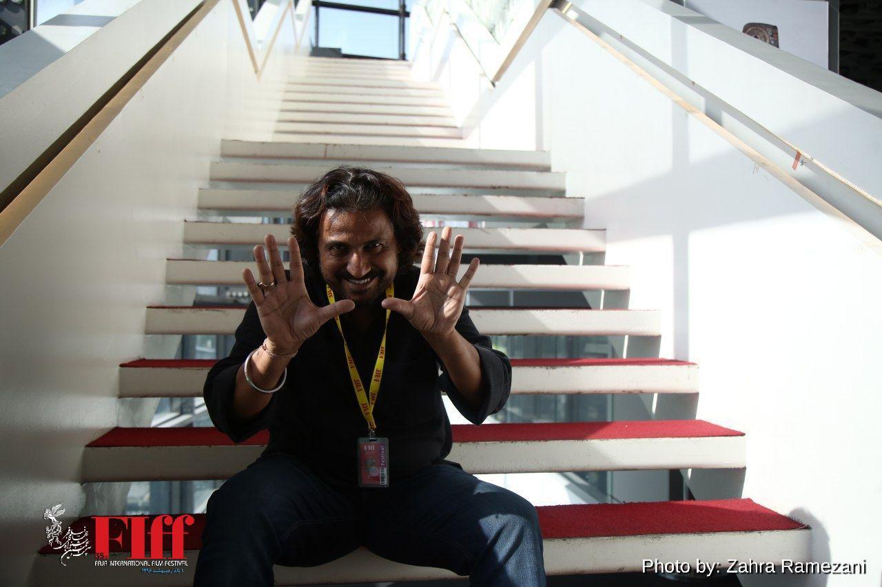 گپی با وینود کاپری، روزنامهنگار و فیلمساز هندی/ جایزه واقعی، جایزه مردمی است