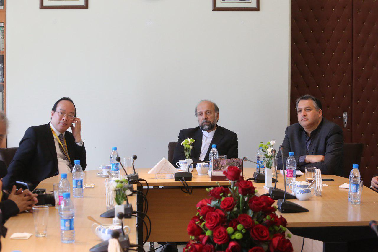 دیدار رئیس سازمان سینمایی هنگکنگ با رئیس سازمان سینمایی ایران