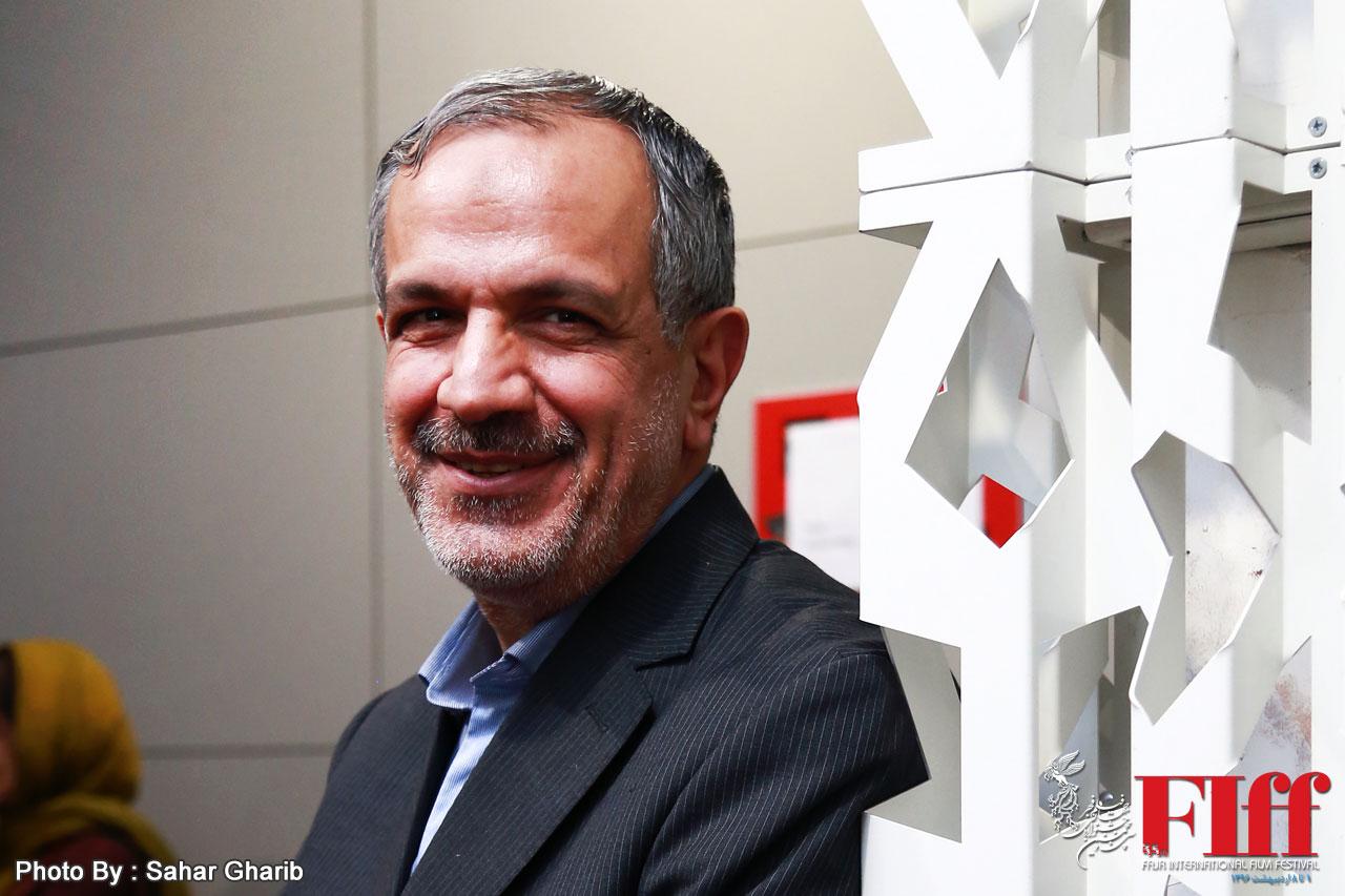 احمد مسجد جامعی: میرکریمی باید راهش را ادامه دهد