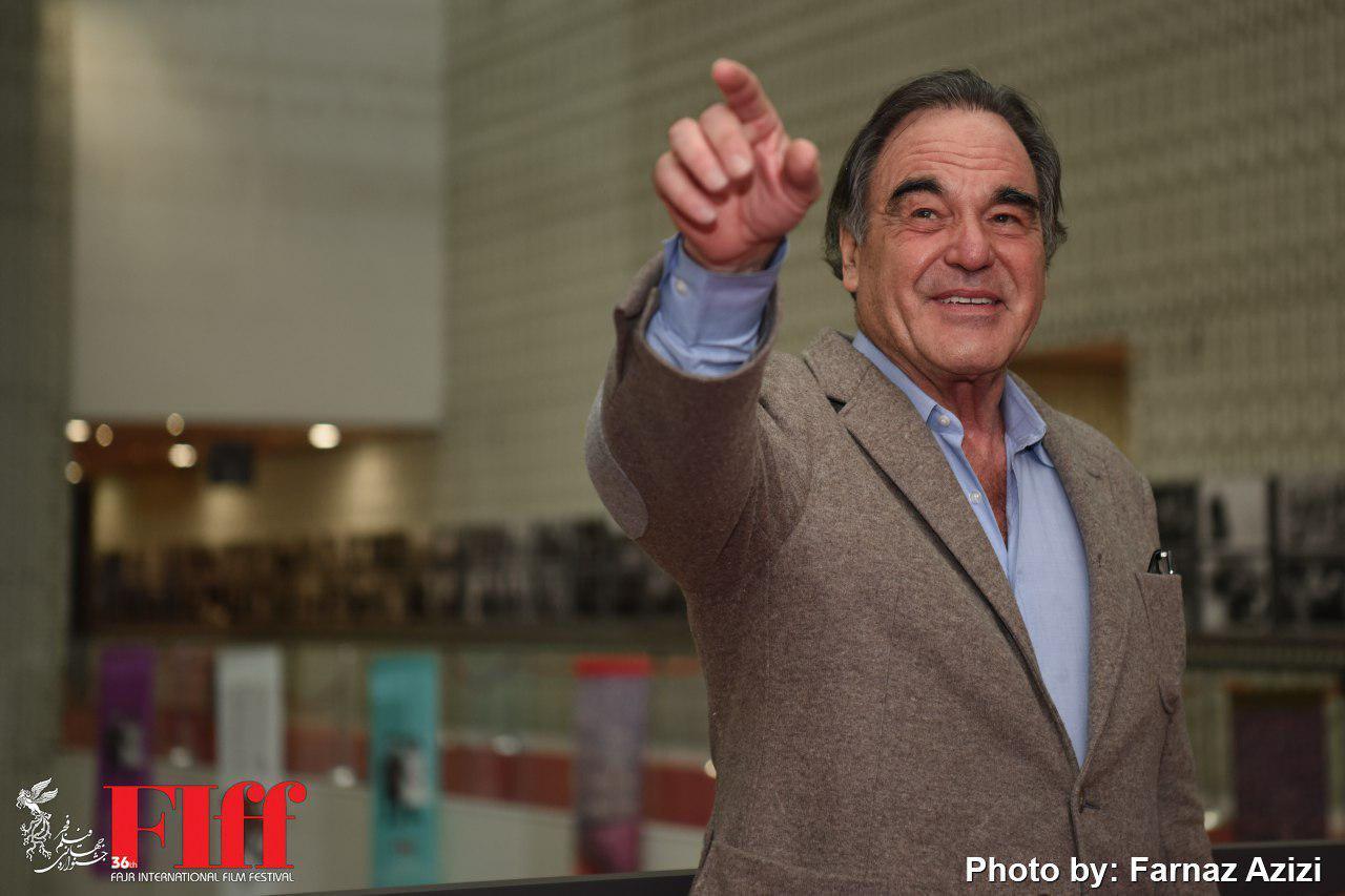 گزارش تصویری حضور الیور استون در کاخ جشنواره جهانی فیلم فجر
