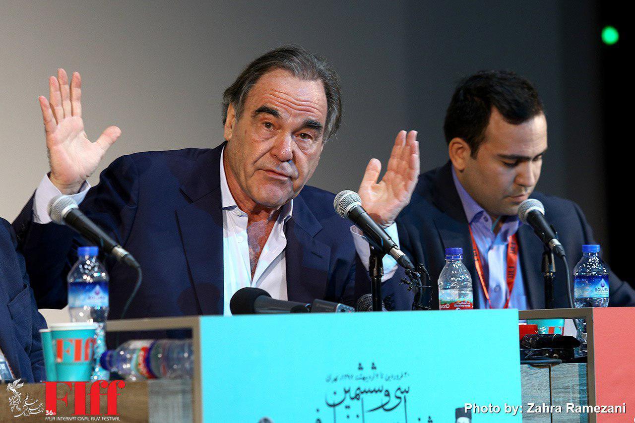 گزارش تصویری نشست مطبوعاتی الیور استون در جشنواره جهانی فجر