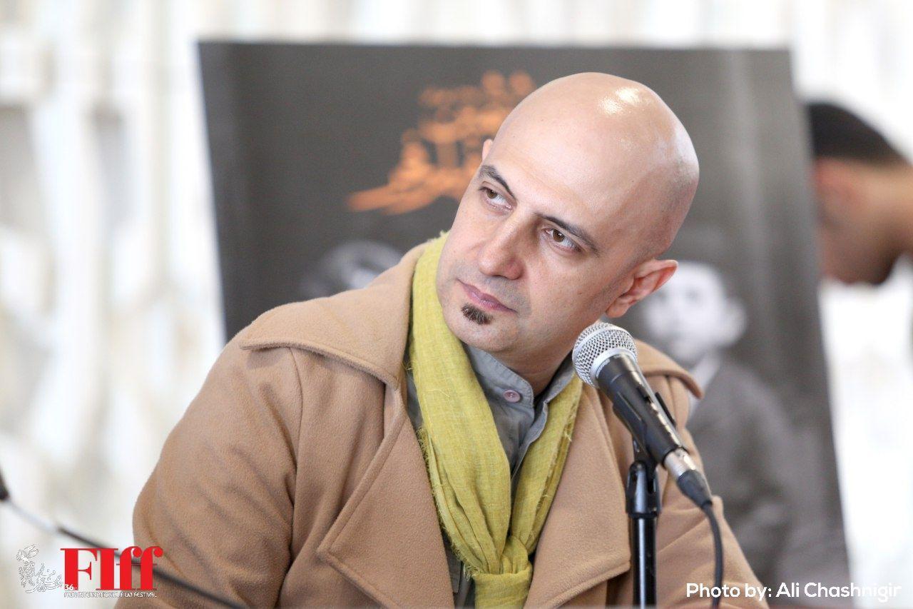 عارف و گوزنهایش/ نقد امیر پوریا بر فیلم «آگا»
