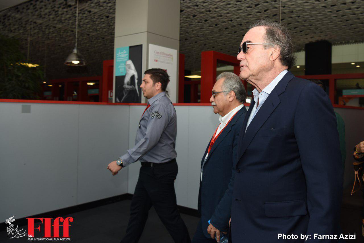 گزارش تصویری حواشی حضور الیور استون در کاخ جشنواره جهانی فجر
