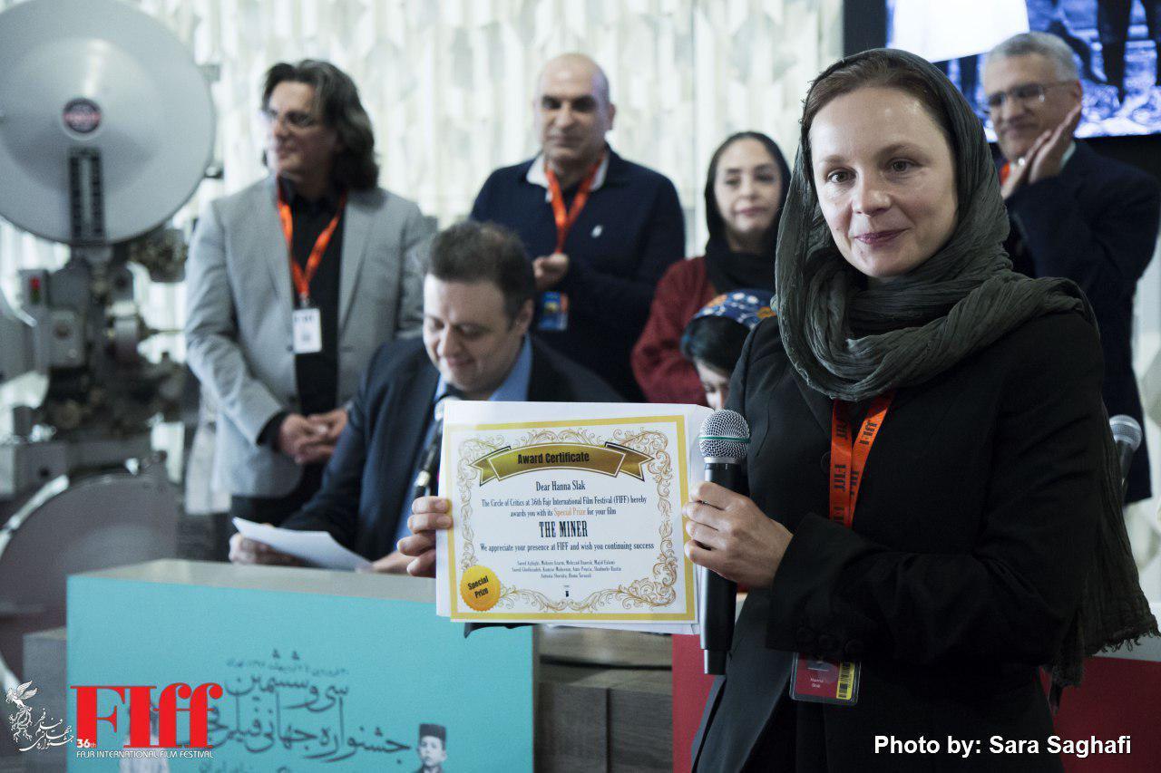 گزارش تصویری مراسم اهدای جایزه بهترین فیلم از نگاه منتقدان