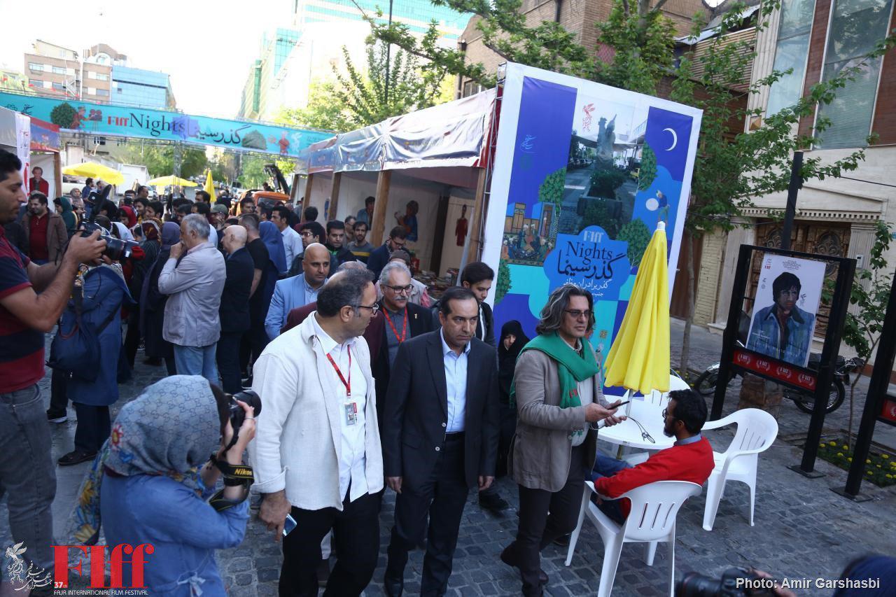 رییس سازمان سینمایی مهمان گذر سینما شد/ بازدید از بخشهای جشنواره جهانی فیلم فجر