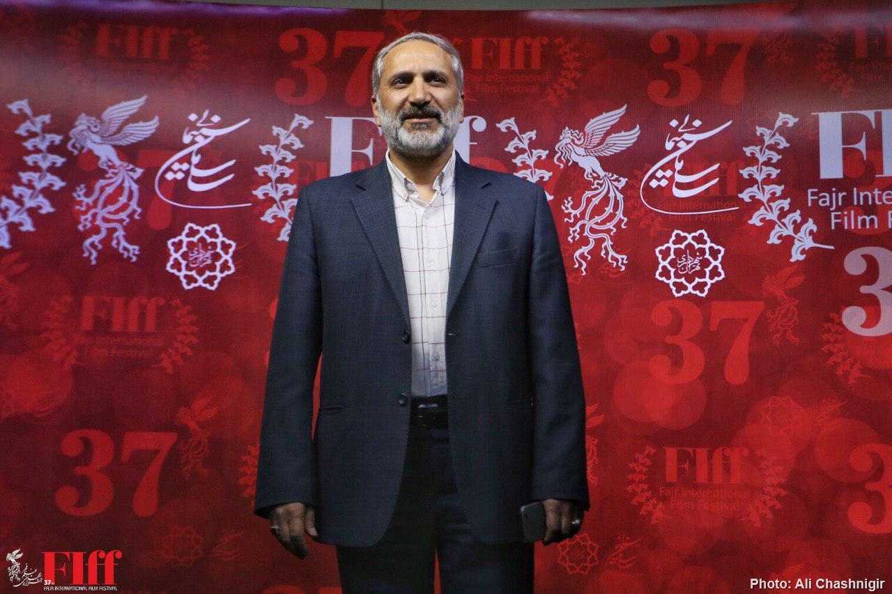 برگزاری جشنواره جهانی فیلم فجر در مرکزِ پایتخت سیاست درستی است/ ارایه تصویر واقعی ایران