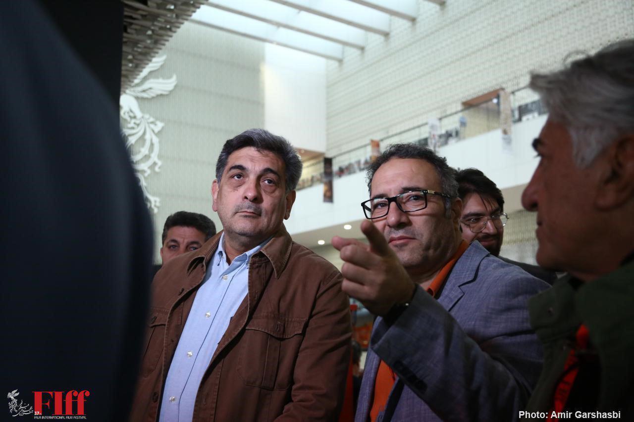 شهردار تهران از جشنواره جهانی فیلم فجر بازدید کرد/ توانایی ایران در تجهیز سینماهای سوریه و عراق