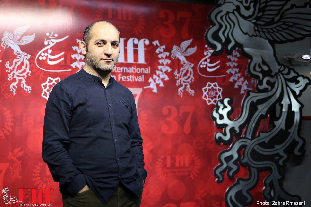 هنر و فرهنگ و تاریخ ایران را دنبال میکنم