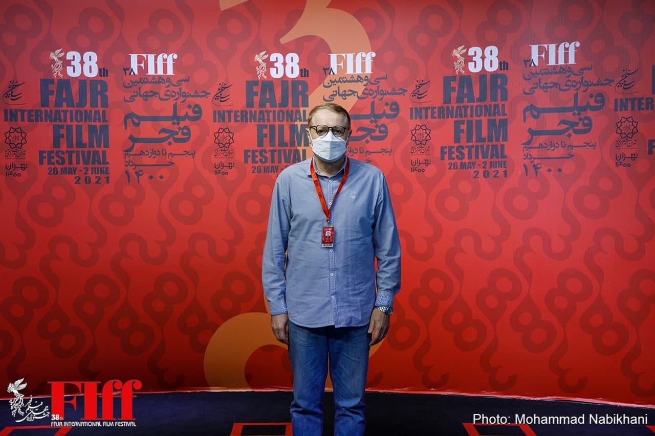 رجبی معمار: به جای گلهمندی از برگزاری جشنواره، کمک کنید